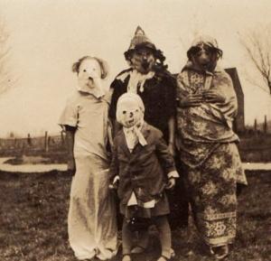 vintage-halloween-costume-5